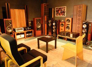 チャレンジャー音響 試聴室(1)